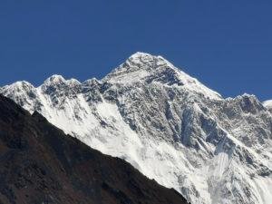 Peak to Mount Everest